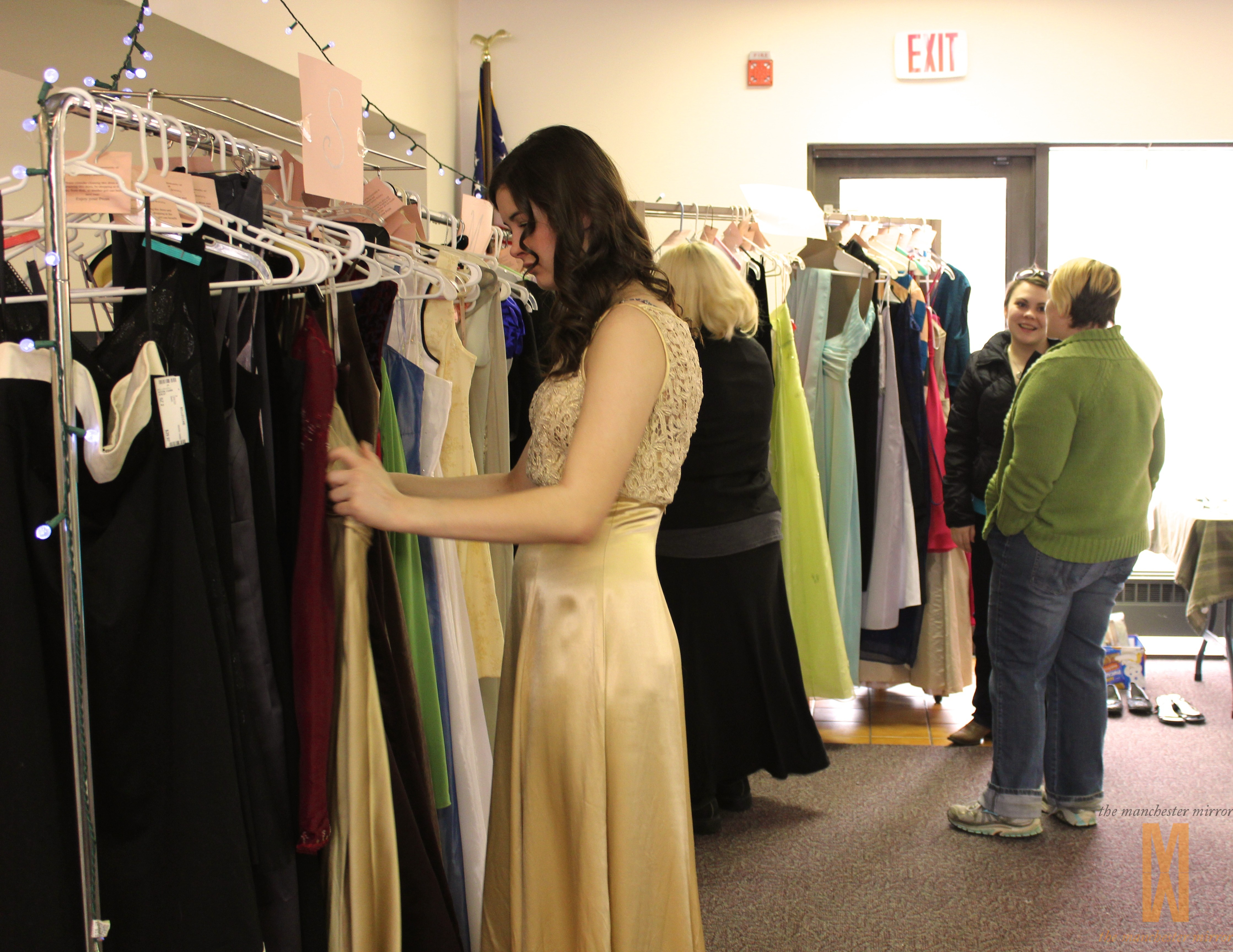 20 Girls Find Dresses at the Free Prom Dress Shop | The Manchester ...